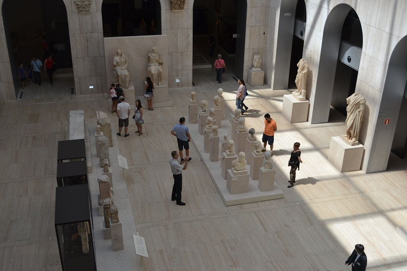 The Classical sculpture gallery at the Museo Arqueológico Nacional.