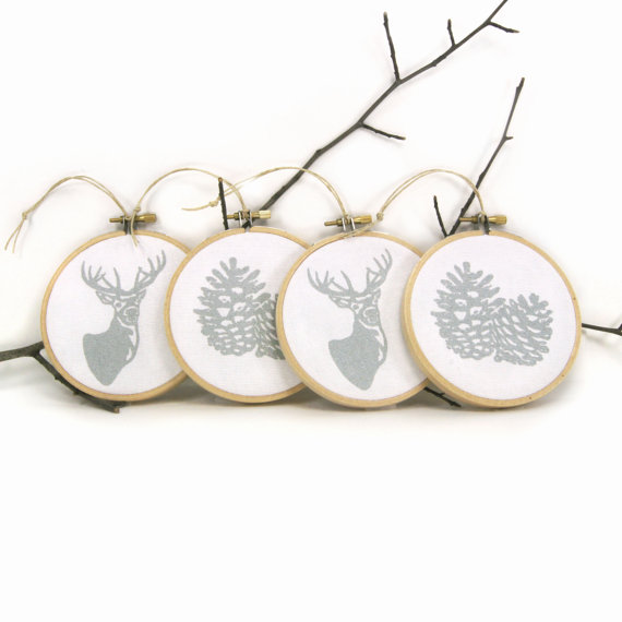 christmas-tree-ornaments-embroidery