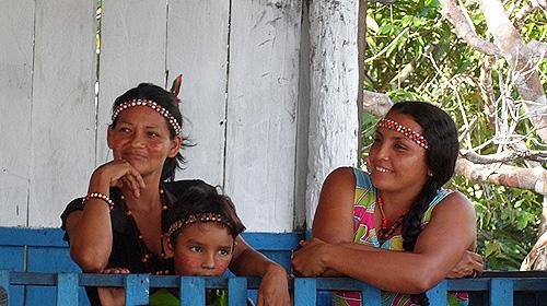 kambeba-tribe-brazil-women
