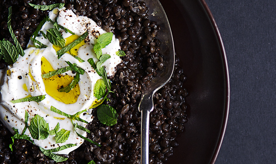 spiced-black-lentils-with-yogurt-and-mint1-940x560.jpg