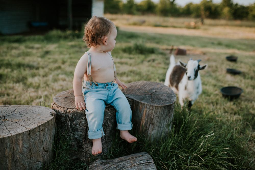 Graham-18 months-40.jpg