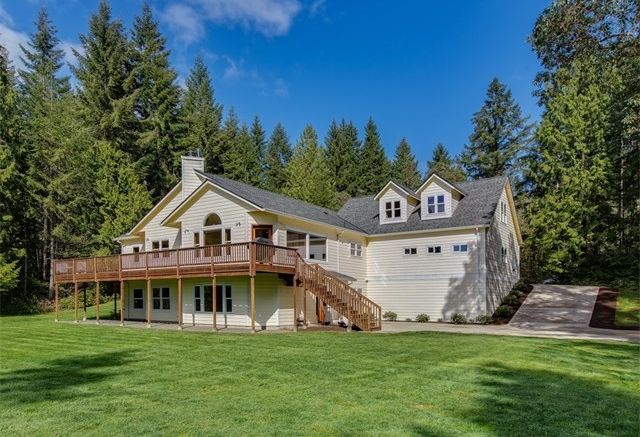 *15315 Bay Ridge Dr NW, Poulsbo | Sold for $680,000