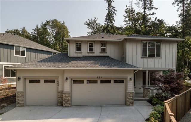 **668 Ferryview Lane NE #5, Bainbridge Island  |  Sold for $939,950