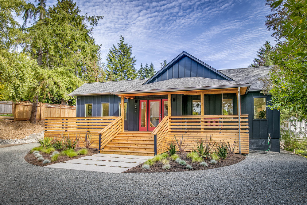 *602 Cherry Ave NE, Bainbridge Island | Sold for $1,170,000