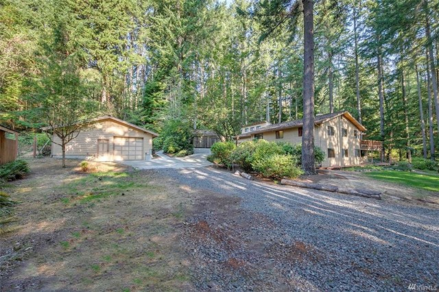 * 5981 Lynwood Center Rd NE, Bainbridge Island | Sold for $635,000