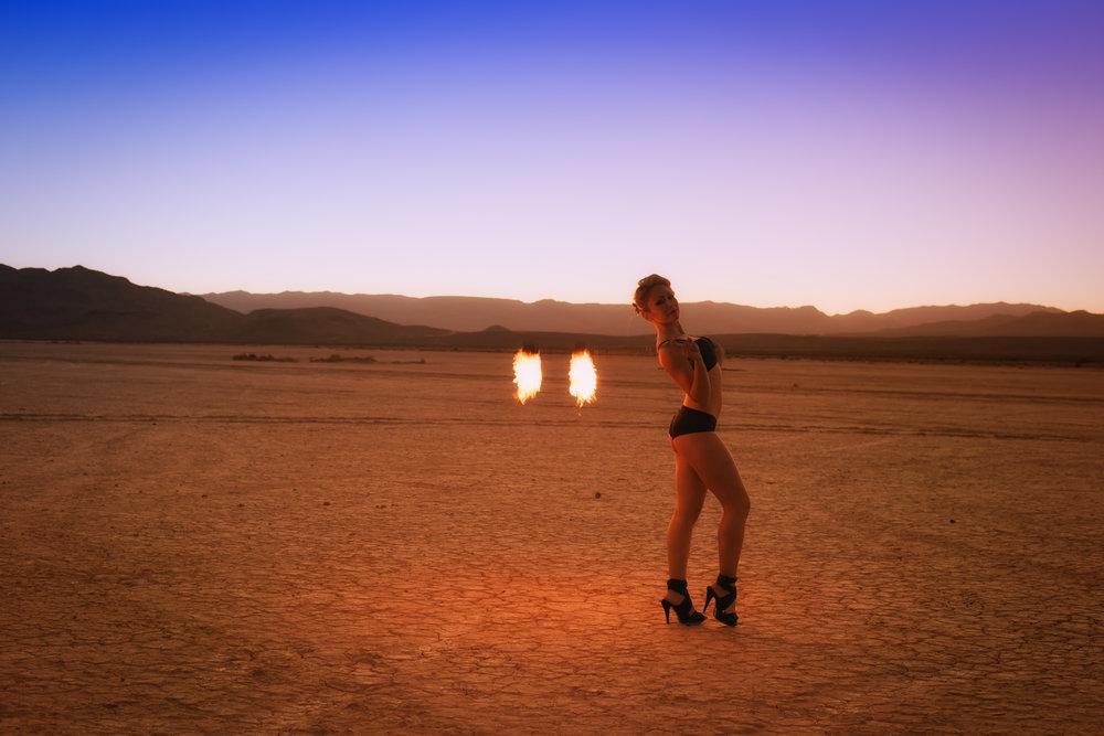 Martina Zandonella - Evie Fire-29.jpg