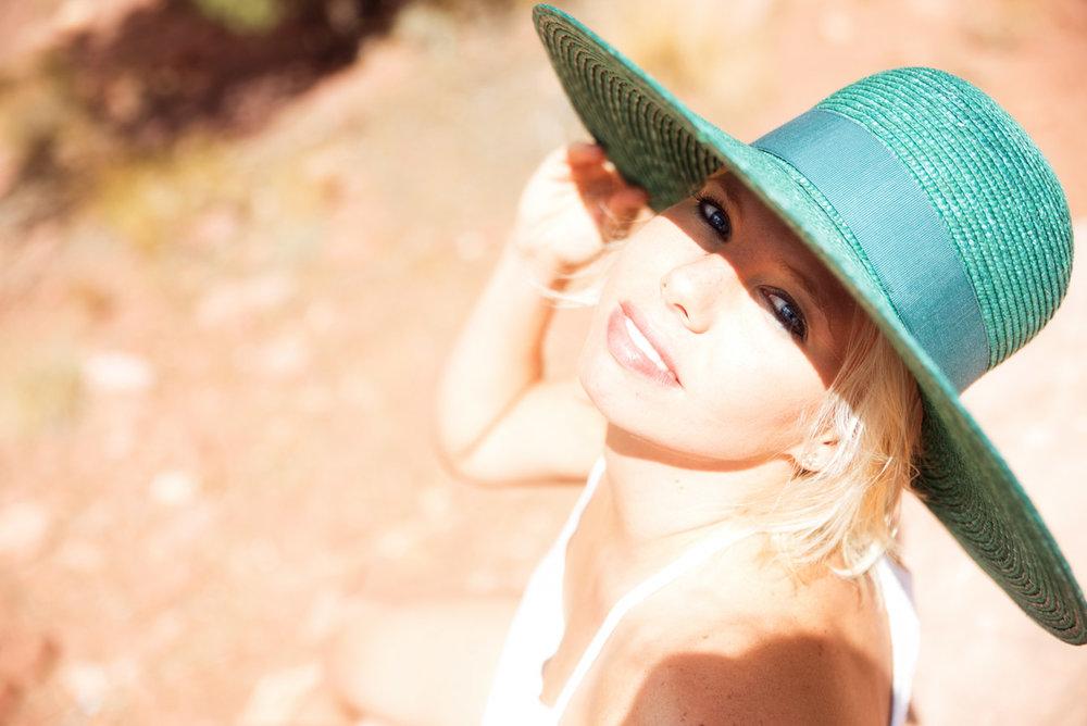 desert_Boudoir_Martina_Zando_Photography__Las_Vegas_LV_AGM-5.jpg