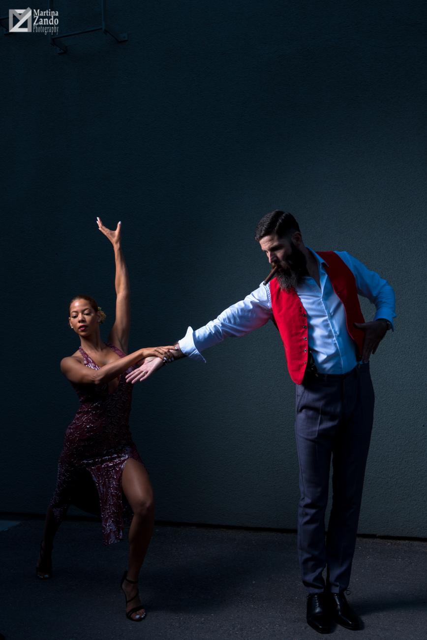 tango couple edgy light