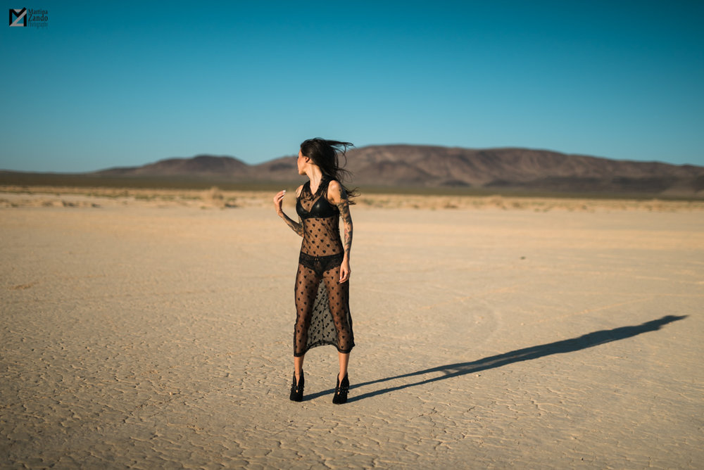 desert lifestyle fashion photo Naty Ashba