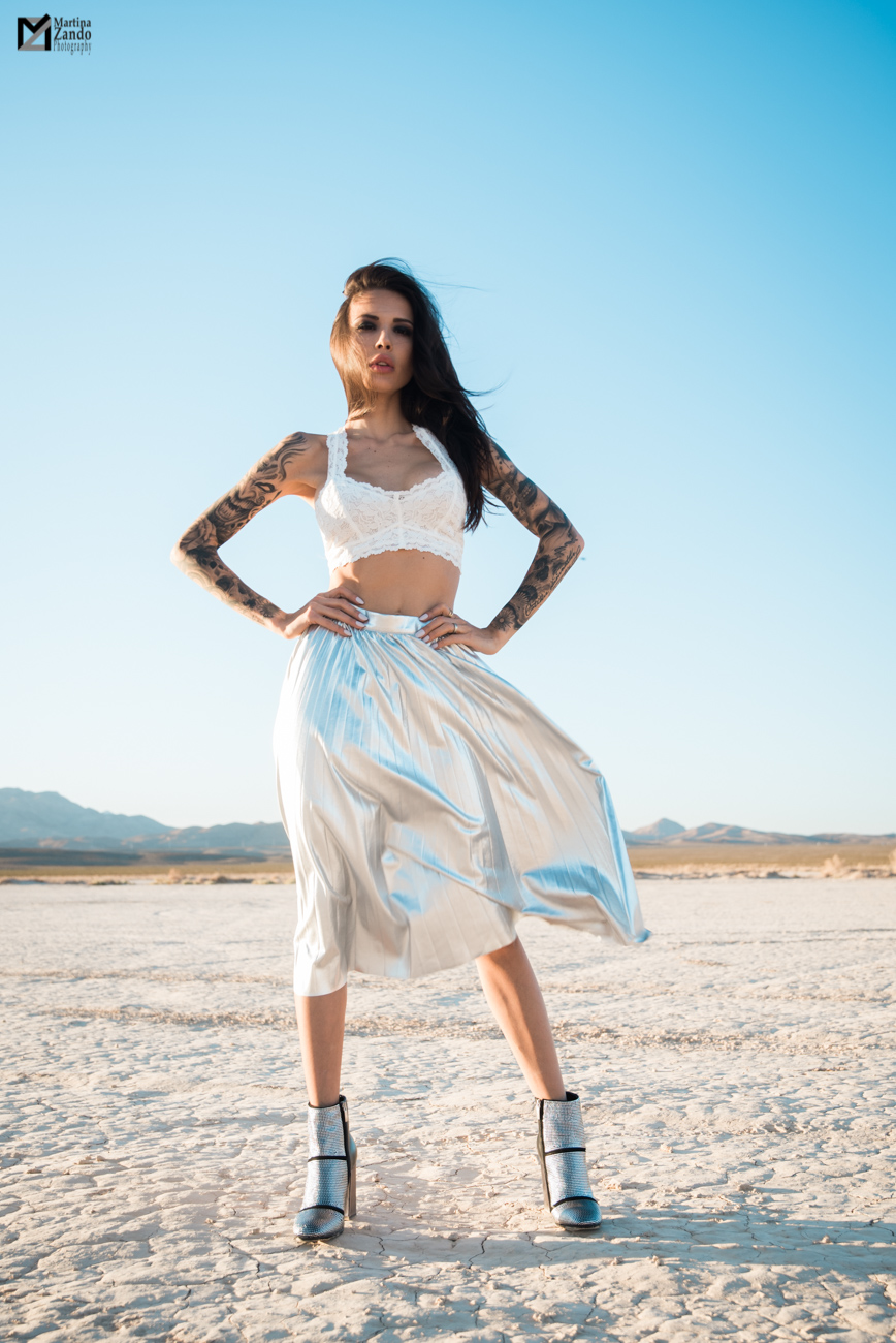 desert metallic fashion inspired photo with Naty Ashba