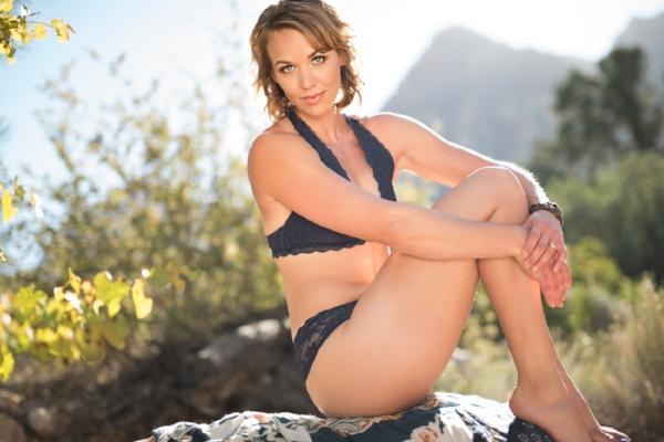 Blue Navy lingerie set, Las Vegas, Navada Boudoir, Martina Zando Photography,