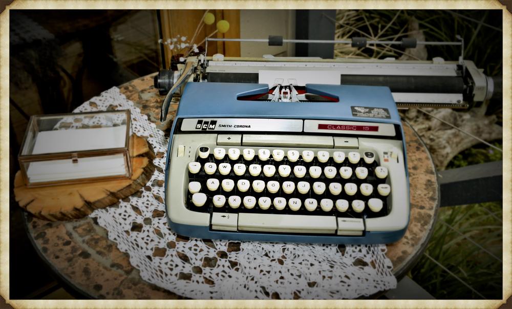 typewriter pic .jpg