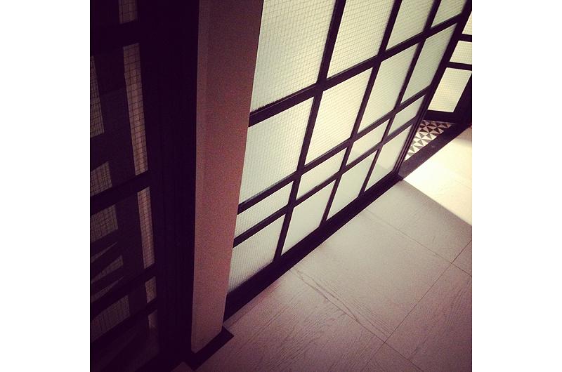 glasswall2.jpg