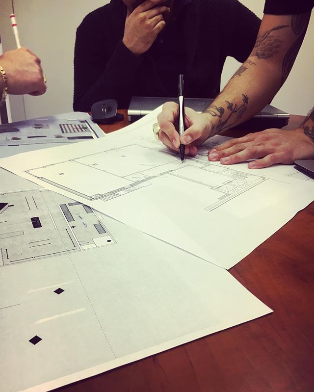 Had a meeting with the architect this afternoon discuss the build plans for @cntrbndofficial  excited to see this one come together #greynorth #retaildesign #toronto #yorkville