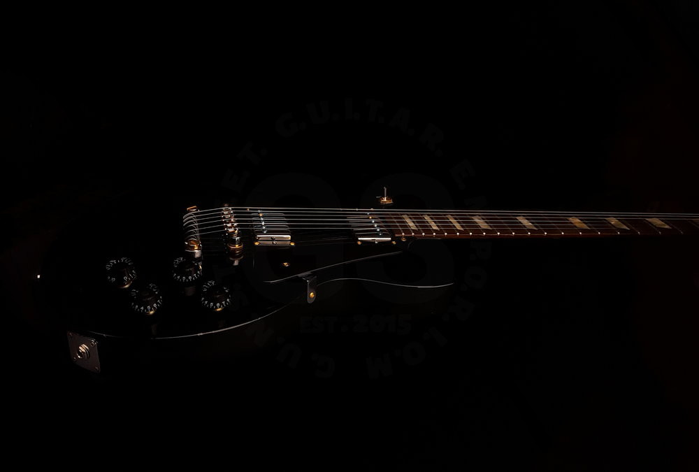 2008 gibson les Paul Gold tooth pickups.jpg