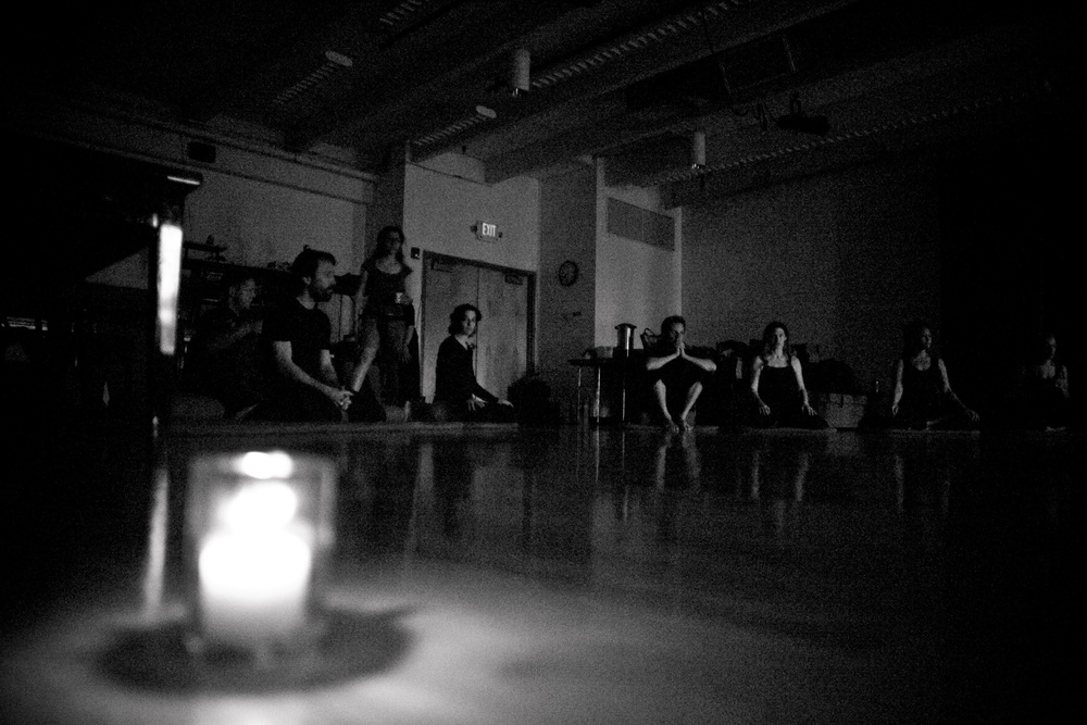 desolate/delight  ensemb le, Naropa U. MFA, spring 2010 Photo: Alex Miles Younger