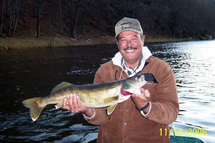 Walleye fishing on the Delaware river with Sweetwater Guide Service