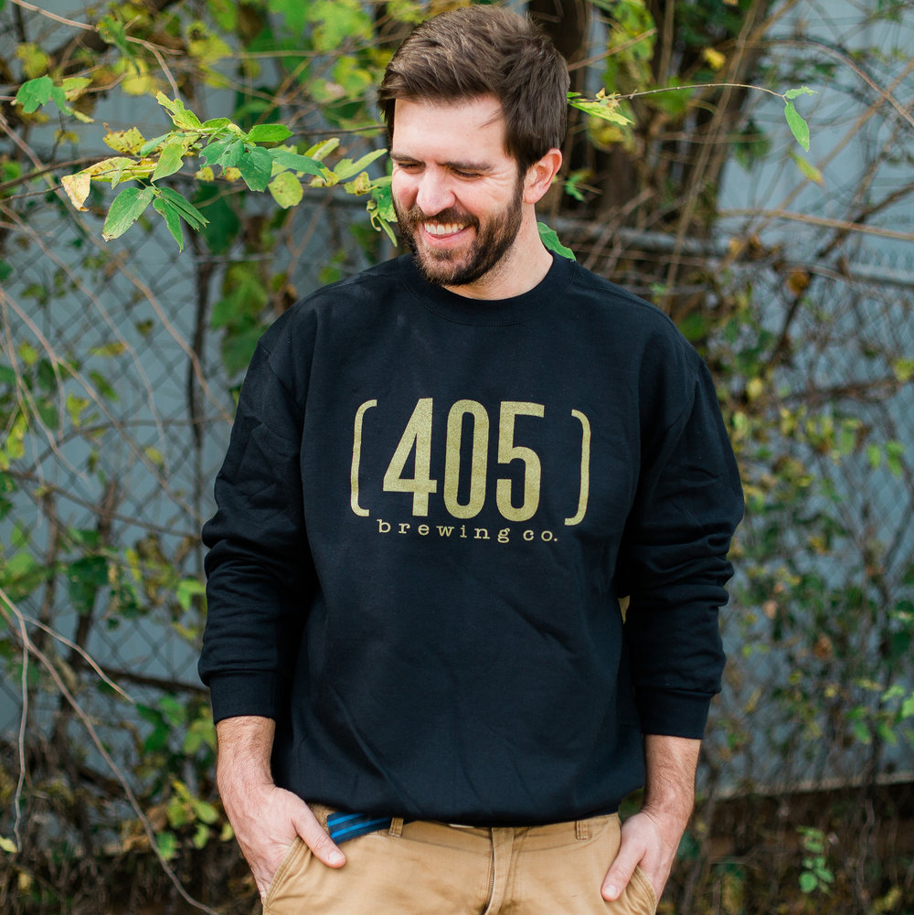 Our new black & sparkly gold sweatshirt will be available this day!