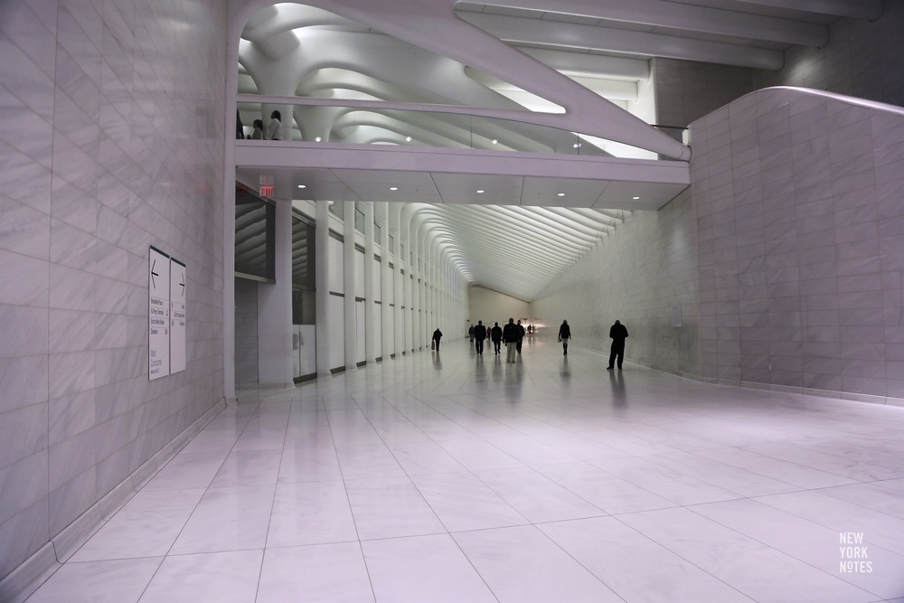 World_Trade_Center_Subway_Transportation_Hub_PATH_Calatrava_01.jpg