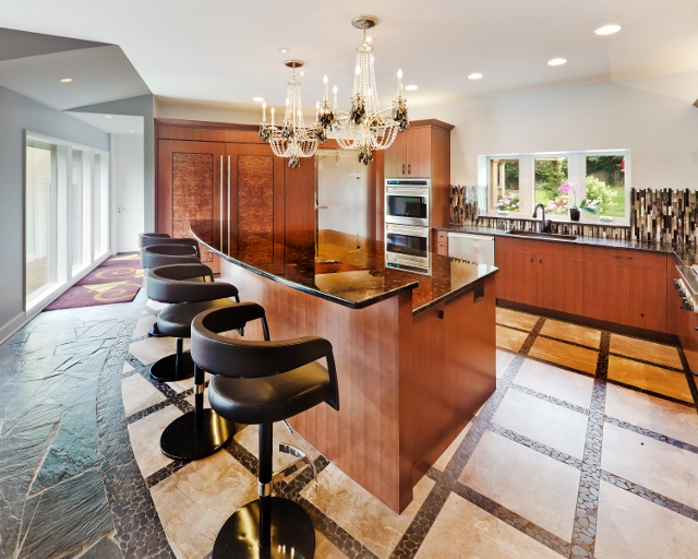 Amundson Kitchen 3 (640x512).jpg