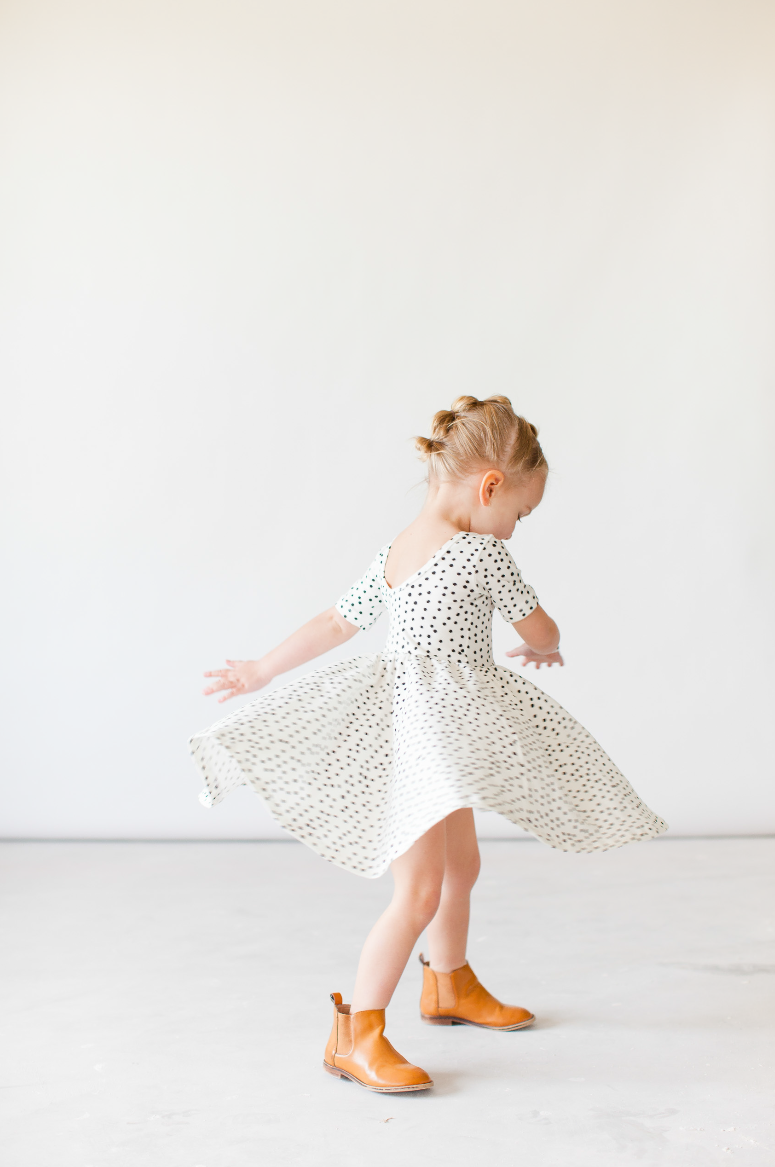 Alice & Ames- Little girl dress 1