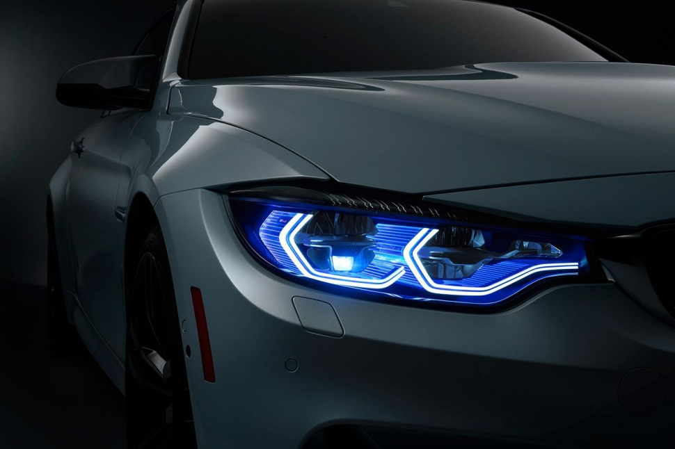 bmw-m4-concept-iconic-lights-15-970x646-c.jpg