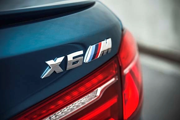 2015-bmw-x6-m-long-beach-blue-(6)-600-001.jpg