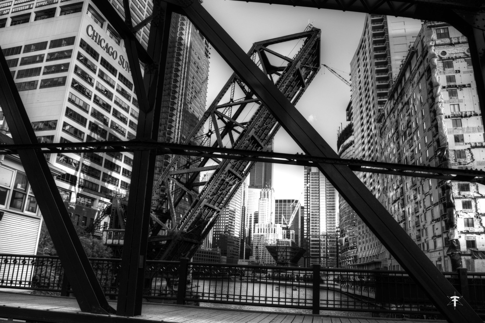 batch_Chicago photography architecture kinzie bridge buildings bnw wolfpoint.jpg