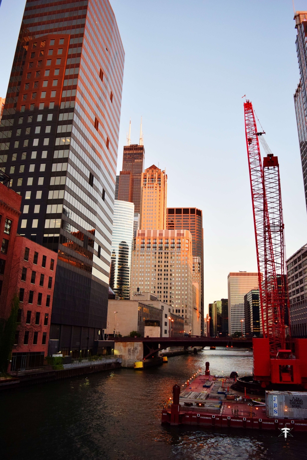 batch_chicago river construction building sears tower.jpg