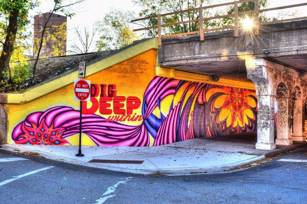 dig-deep-graffiti-sun-street-art1.jpg