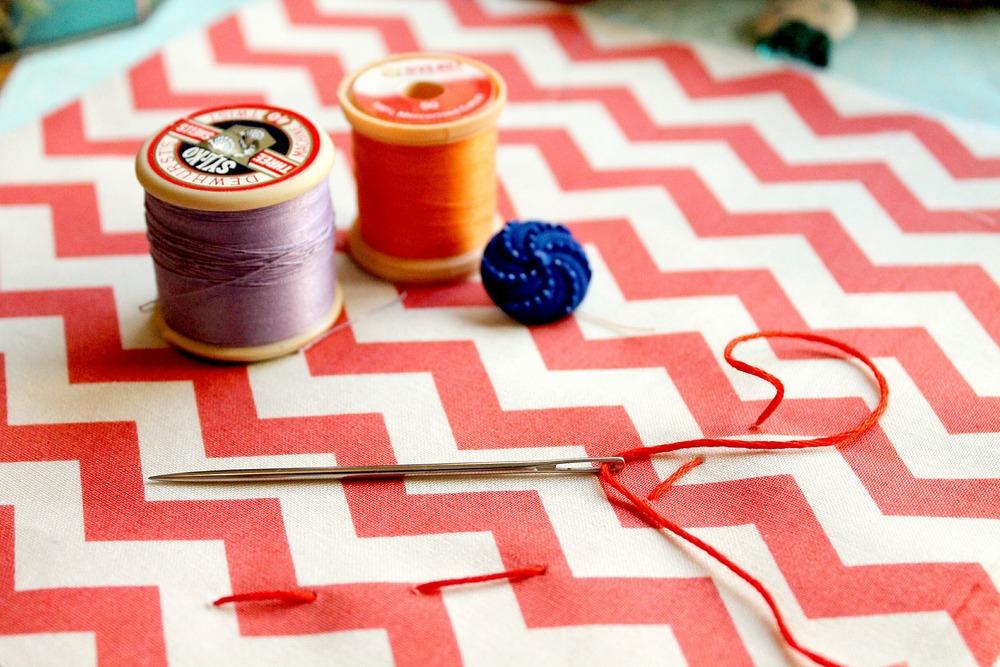 sewing-586206_1920.jpg