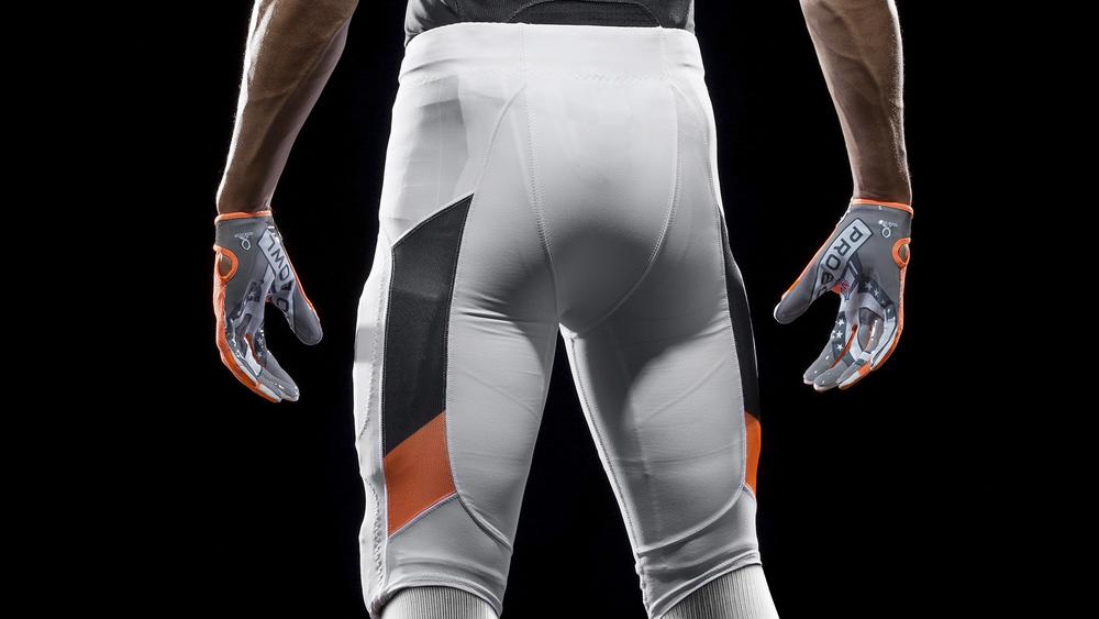 SP14_NFL_SB_TeamUni_NFC_4699_PR_crop_3_original.jpg
