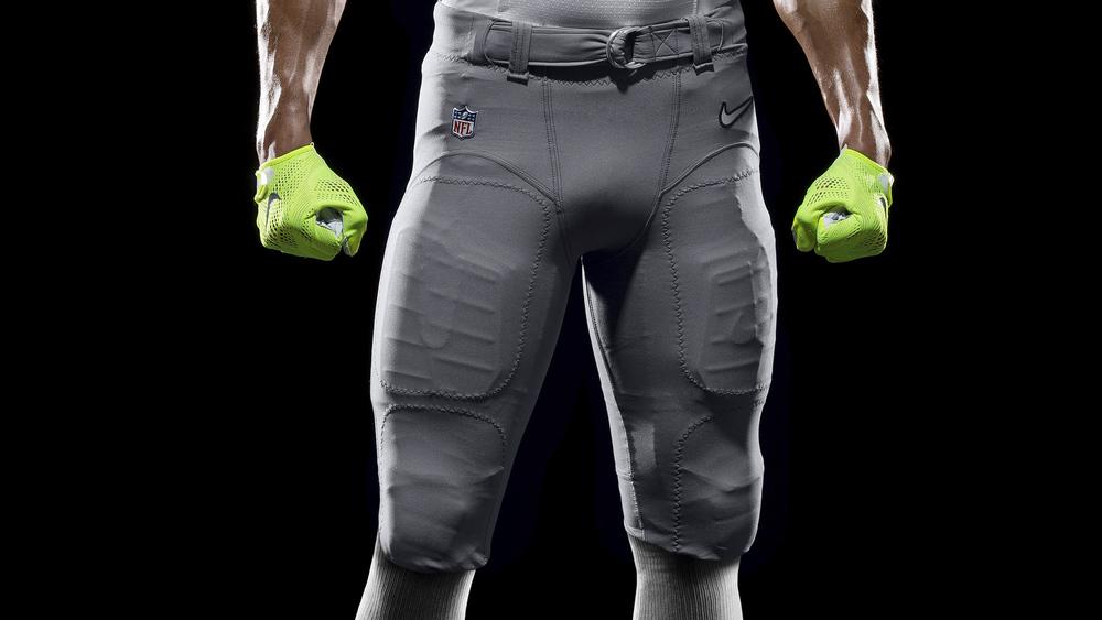SP14_NFL_SB_TeamUni_AFC_4650_PR_crop_1_original.jpg