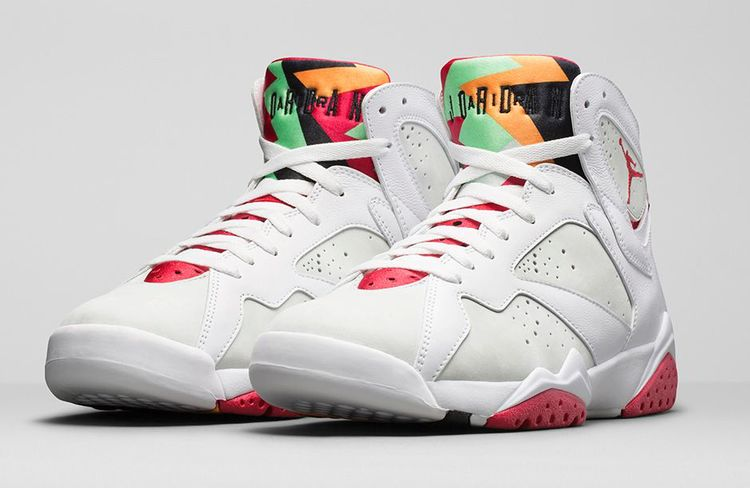 Michael Jordan and Bugs Bunny s beautiful friendship began in Nike s 1992  Super Bowl commercial for the Air Jordan 7  Hare . The popularity of MJ and  the ... 33a88cc49