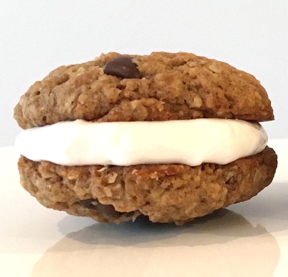 whoopie pie oatmeal cookie .jpg