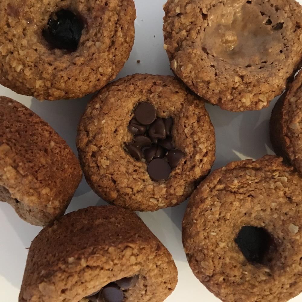 oatmeal chocolate muffins 1.jpg