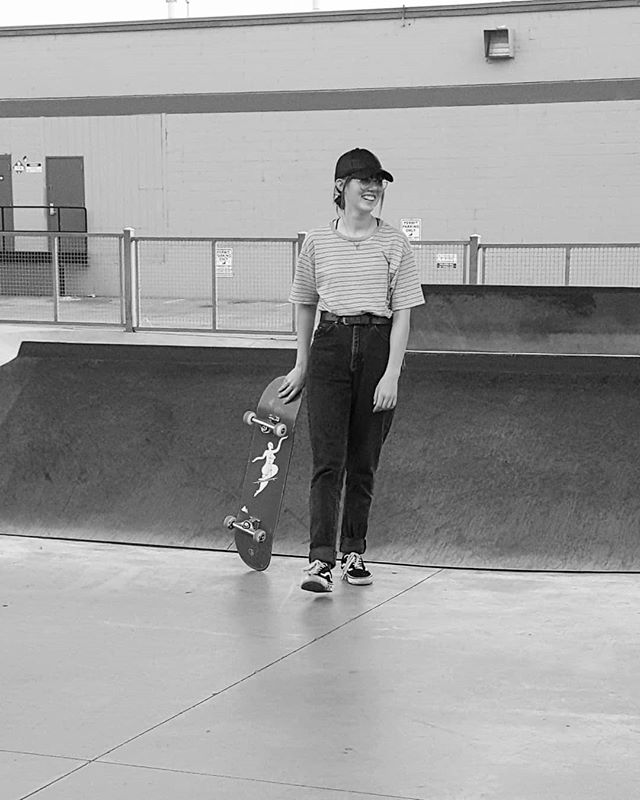 We went to find @anneliesekraken in her element, busted her on not having her helmet... Oh the life of a parent. #krakekids #skatergirl @girls.skate.boise  #wearyourhelmet #chloeinloes