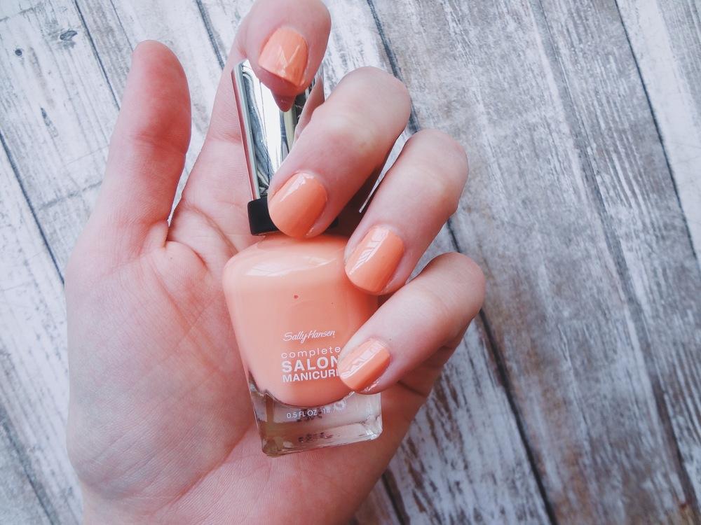 Peach + Mint Nails // Blush + Soul