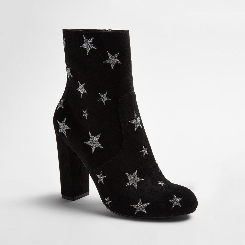 white - target star boots.jpg