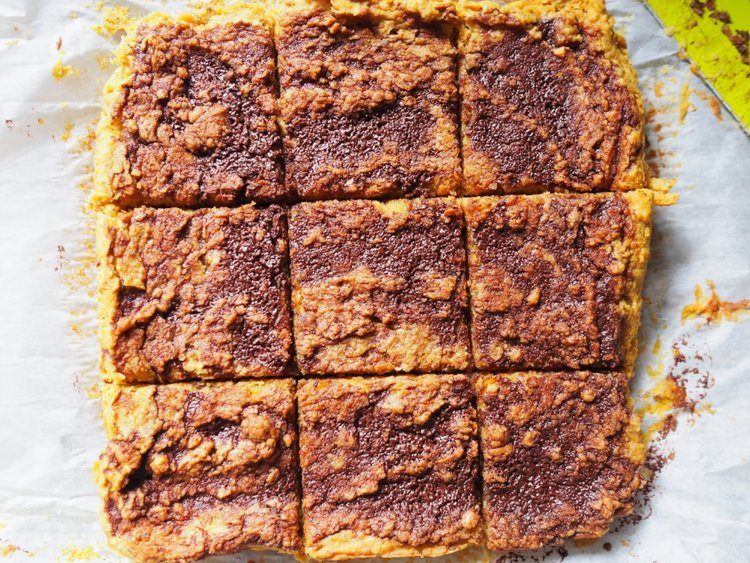 pumpkin blondies.jpg