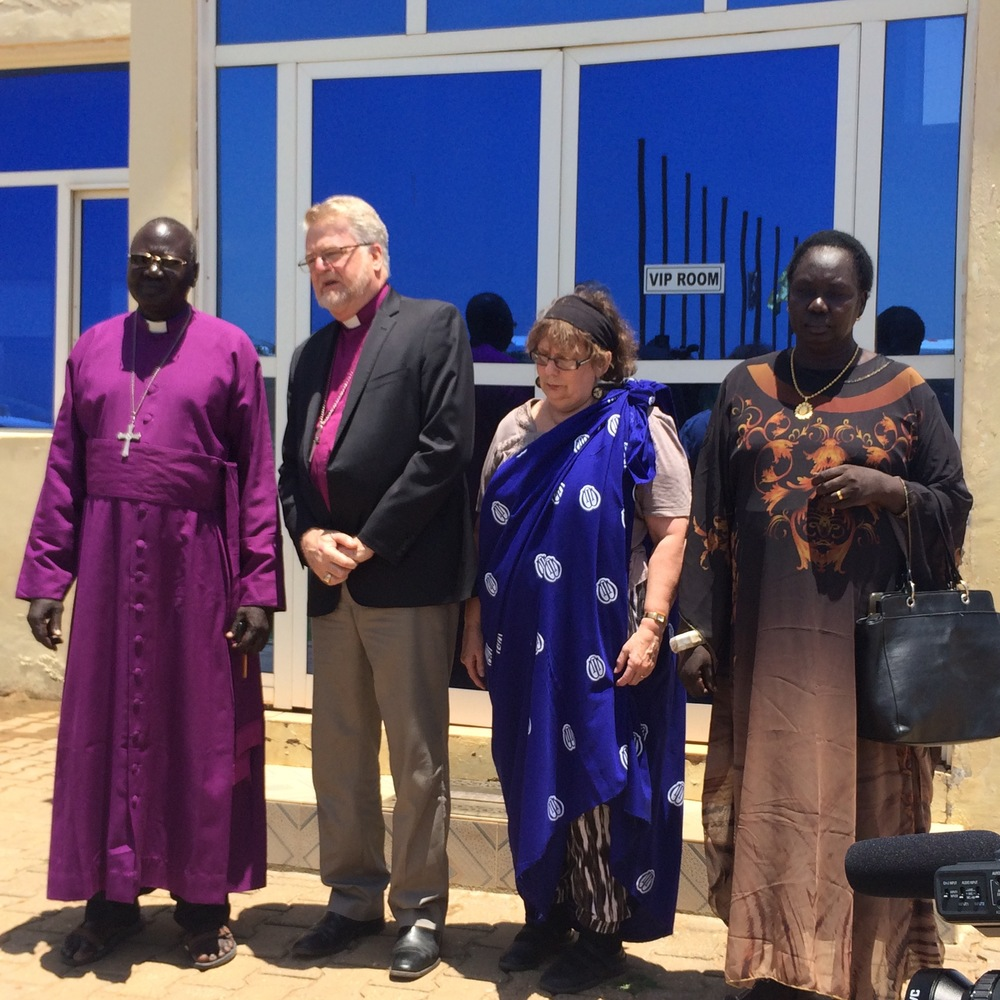 Bishop Ruben and his wife Priscilla welcome Abp Jeffrey and Lindy at Bor Airport