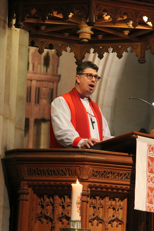 bishop tim 2.jpg