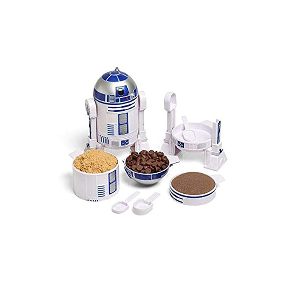 + R2-D2 Measuring Cups - This is either a great way to feed one's passion in the kitchen or hint that your significant other should start cooking more. Either way, win win.(Image via Amazon)