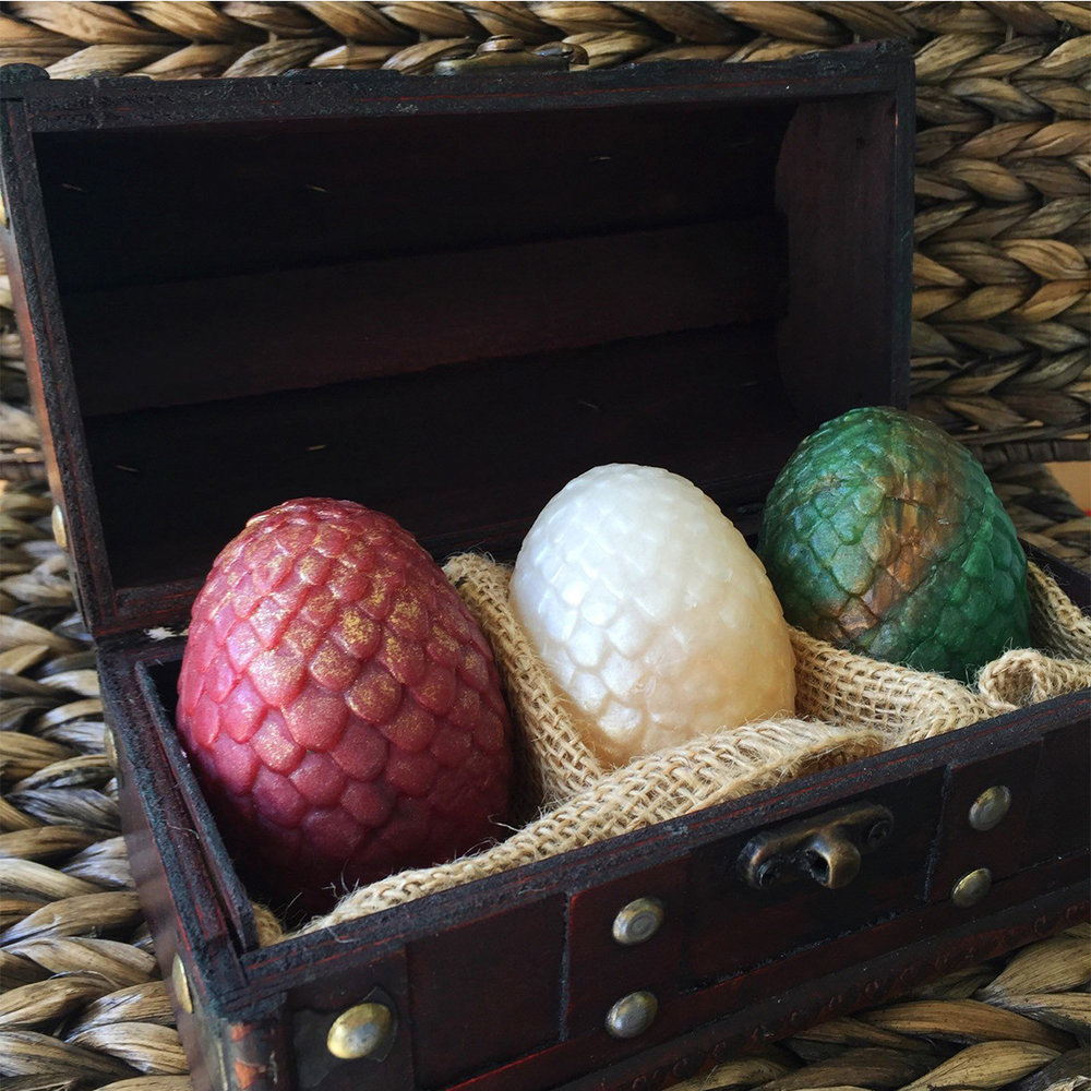 + Soap dragon eggs - HOW CUTE, am I right!? These soaps also come with the box! For real, all the Kheelesi lovers out there need this.(Image via amethystsoap on Etsy)