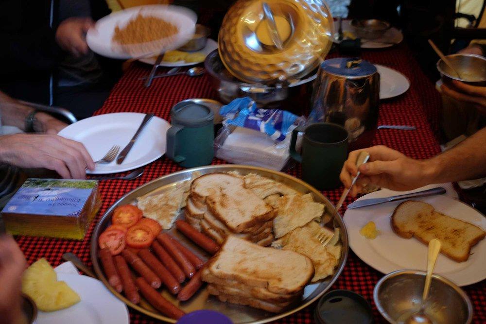 D1-18-Dinner-Like-a-Boss.jpg