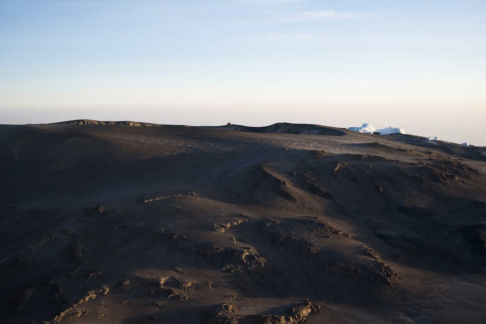 D7-28-crater-rim-right-kilimanjaro-summit.jpg