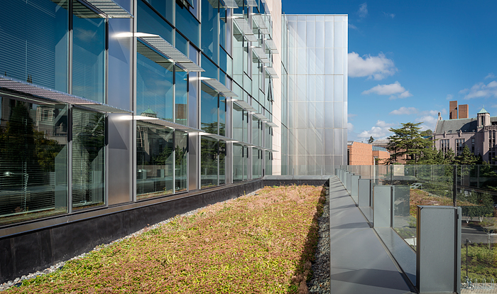 living roof balcony of UW Molecular Sciences and Engineering building by ZGF Architects