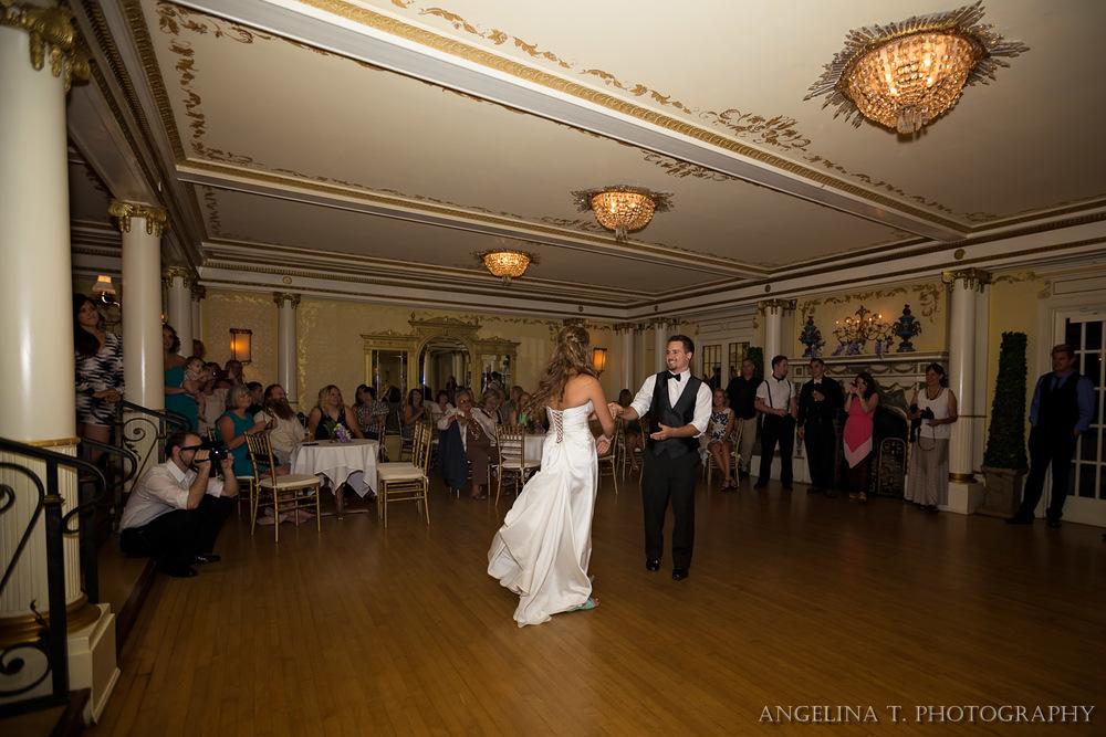 Grand Island Mansion Wedding Photographer-42.jpg