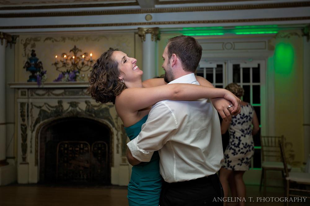 Grand Island Mansion Wedding Photographer-52.jpg