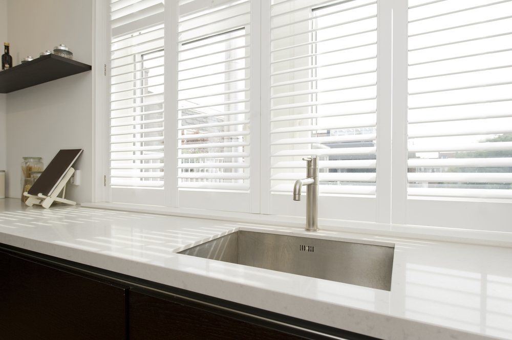 Canberra shutters and blinds plantation shutters - Persiana veneciana madera ...
